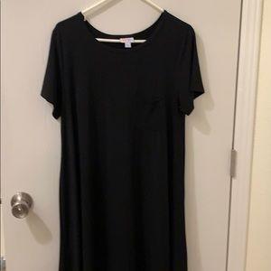 Like new large LulaRoe Carly in black!